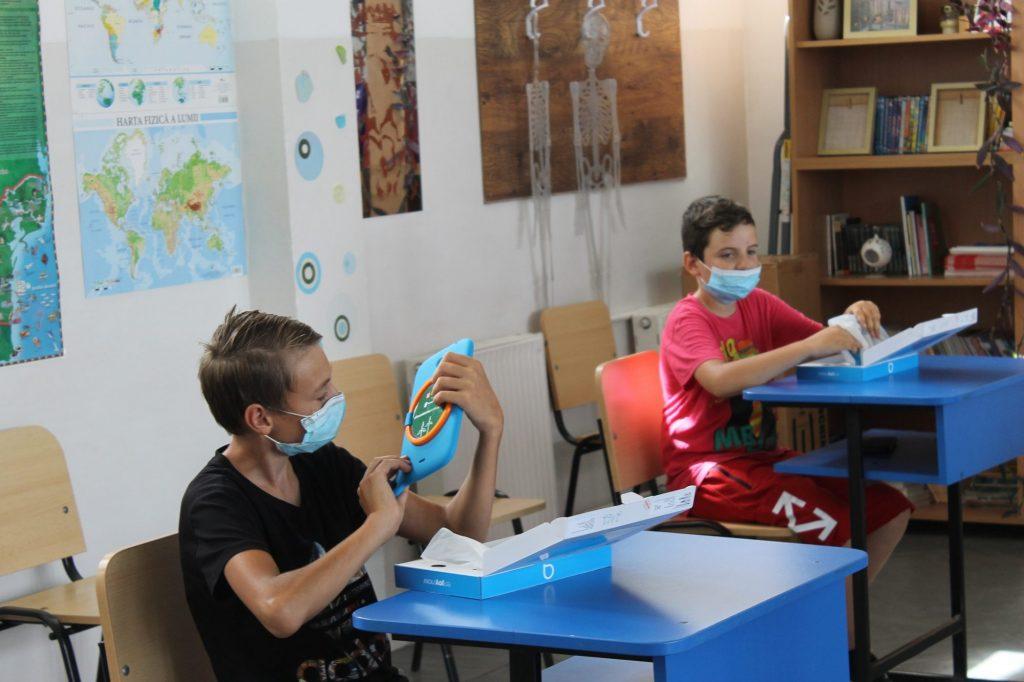 De luni, își vor relua activitatea școlară cu prezență fizică, elevii din Dudeștii Vechi, Orțișoara, Gottlob și Tomnatic