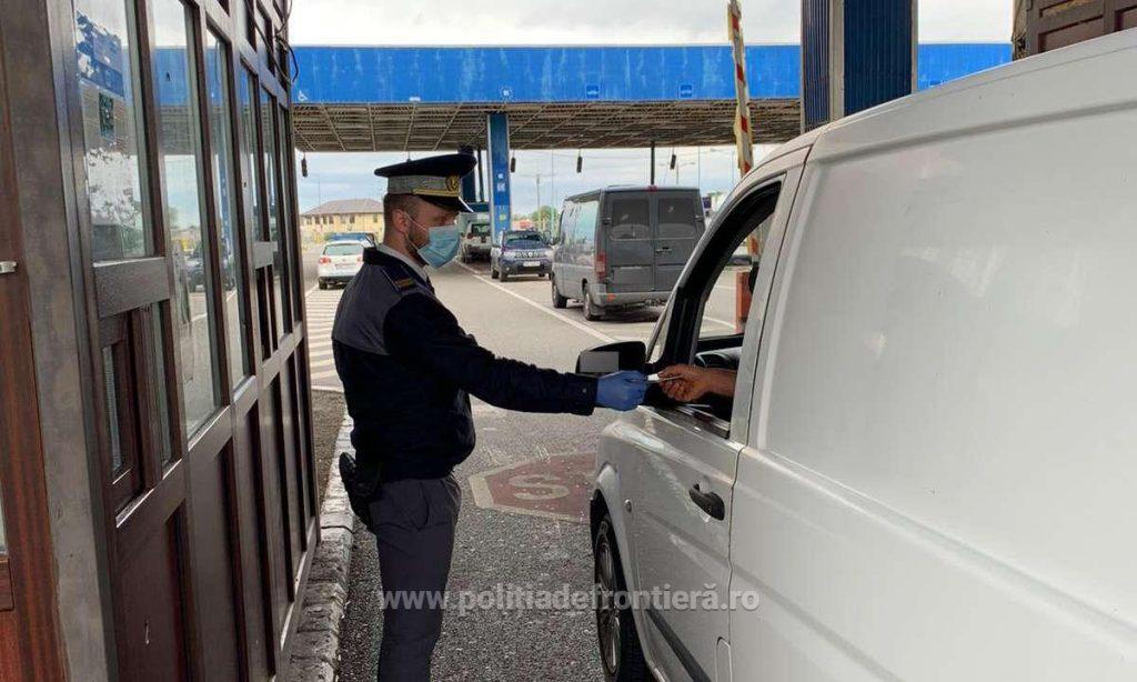 A încercat să ofere 100 de euro mită unui polițist de frontieră