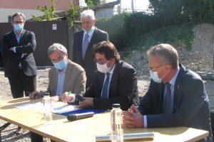 Primarul a semnat contractul de execuție pentru Pasajul Solventul