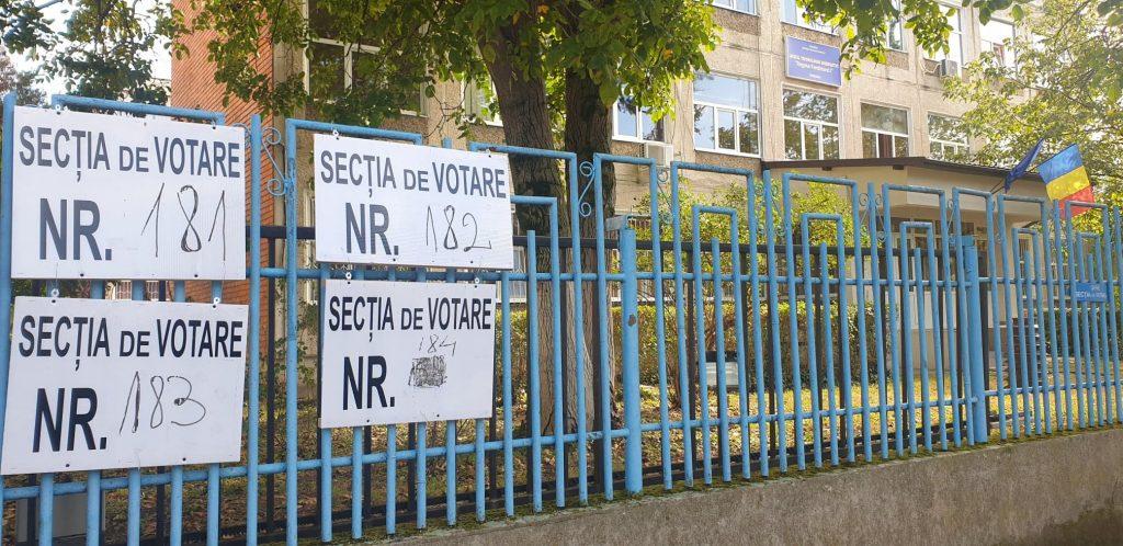 Peste o mie de oameni ai legii sunt la datorie la alegerile parlamentare în Timiș