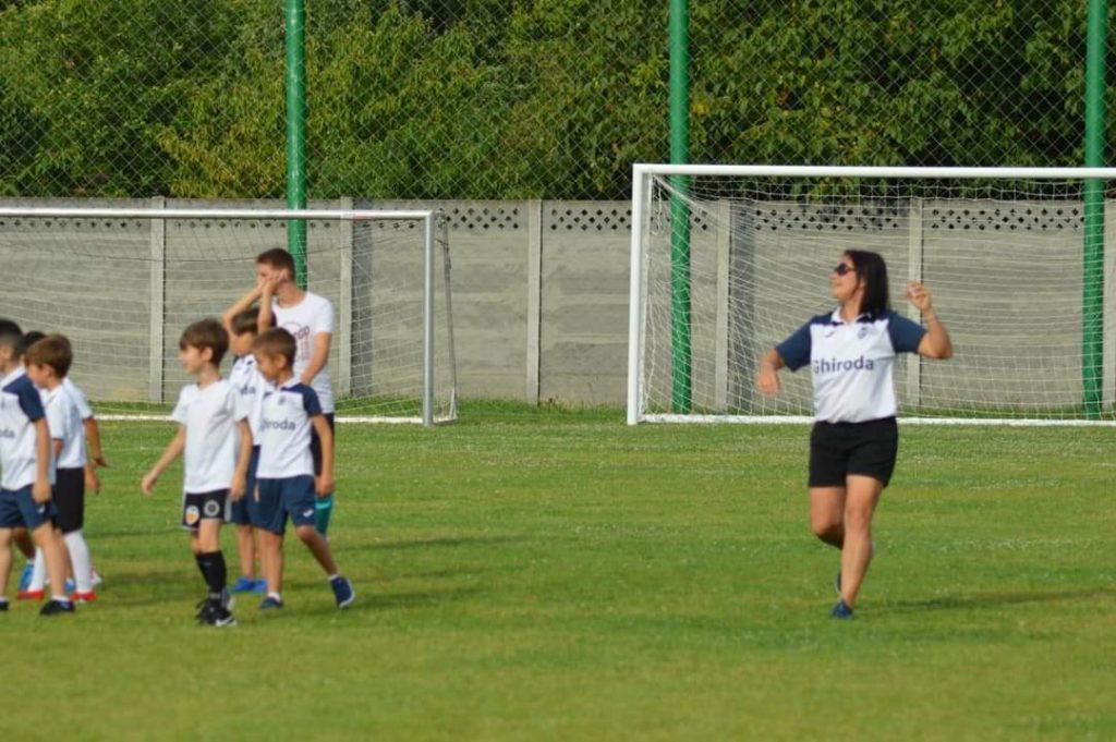 Singurele terenuri de sport amenajate în cartierele Timișoarei, cele ale școlilor, vor fi accesibile copiilor