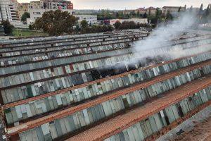 Incendiu la o hală industrială din Calea Aradului