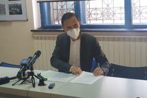 Alin Nica a semnat protocolul cu USR PLUS în fața jurnaliștilor