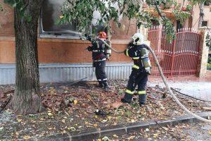 Explozie urmată de incendiu la o casă din Mehala. UPDATE: două victime cu arsuri, transportate la spital
