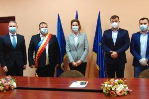 Primarul comunei Șandra, Luchian Savu, a fost învestit în funcție/ VIDEO