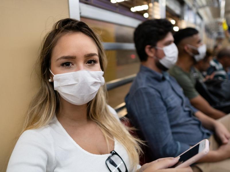 Aproape 150 de timișeni, amendați într-o singură pentru că nu purtau mască