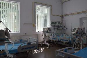 """Medicul Dorel Săndesc: """"La Spitalul Municipal se vor activa zilele acestea 6-8 paturi de Terapie Intensivă"""""""
