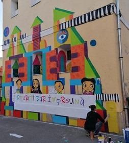Două picturi murale înfrumusețează exteriorul a două școli din Timișoara