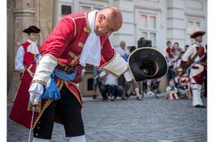 """Regimentul de Gardă """"Eugeniu de Savoya 1716"""" va depune o coroană de flori la bustul prințului"""
