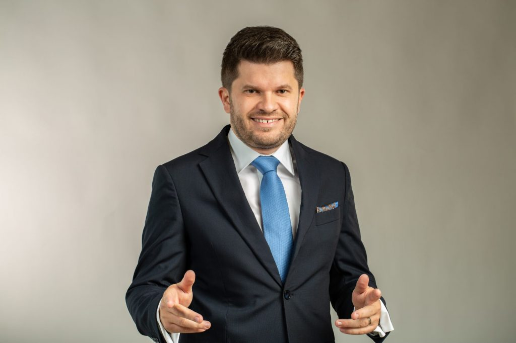 INTERVIU cu Cosmin Cionca, candidatul PARTIDULUI MIȘCAREA POPULARĂ Timiș la Camera Deputaților (P)
