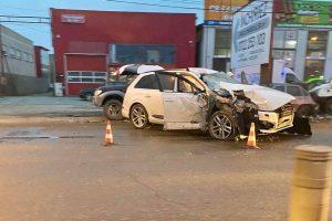 Tânără de 21 de ani, rănită într-un accident pe Calea Șagului