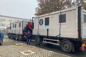 Șase containere modulare au ajuns la Spitalul Victor Babeș din Timișoara