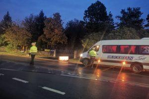 Polițiștii au dat sute de amenzi într-o singură zi pentru nepurtarea măștii și nerespectarea interdicțiilor de circulație