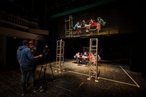 """""""Omul care nu putea vorbi decât ceea ce citea"""", un nou spectacol la Teatrul Maghiar"""
