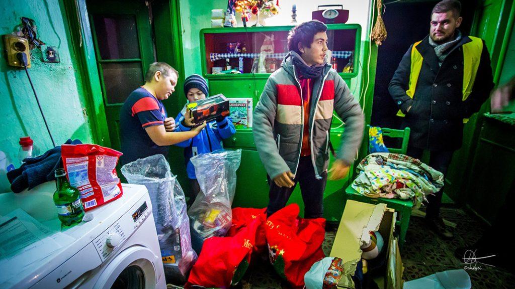 Caravana de Crăciun a Clubului Lions Timișoara Bastion va parcurge aproape 500 km pentru a ajuta copii sărmani