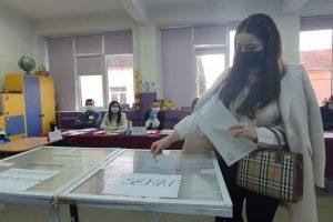 Peste 5 milioane de alegători au votat până la ora 18:00
