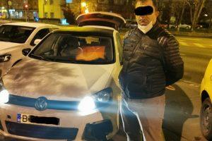 Polițiștii locali au amendat un sirian care a intrat cu mașina în Piața Victoriei