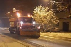 Noapte albă pentru drumarii din vestul țării