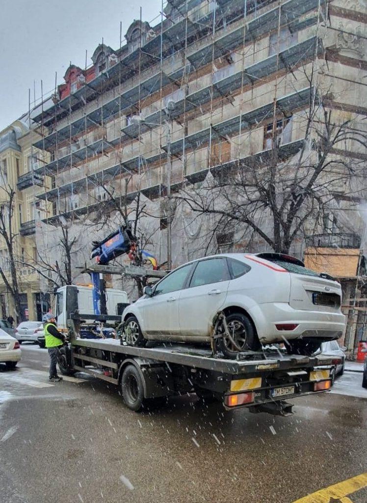 Zeci de șoferi amendați de Poliția Locală