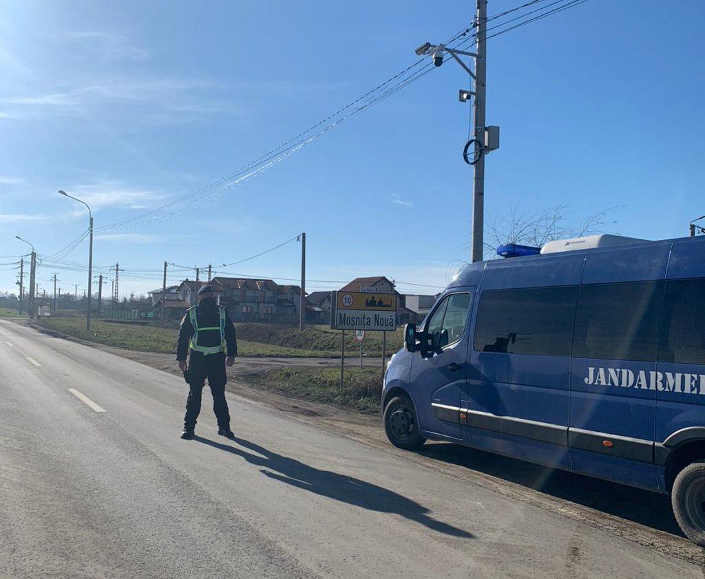 Un urmărit național pentru furt a fost depistat de jandarmi