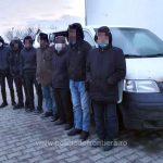 Trei români, cercetaţi pentru călăuzirea a 12 migranți turci si afgani