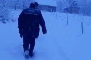 Bătrân plecat de acasă, găsit de polițiști și un subofițer ISU