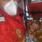S-a nascut in autospeciala SMURD, ajutata de un paramedic