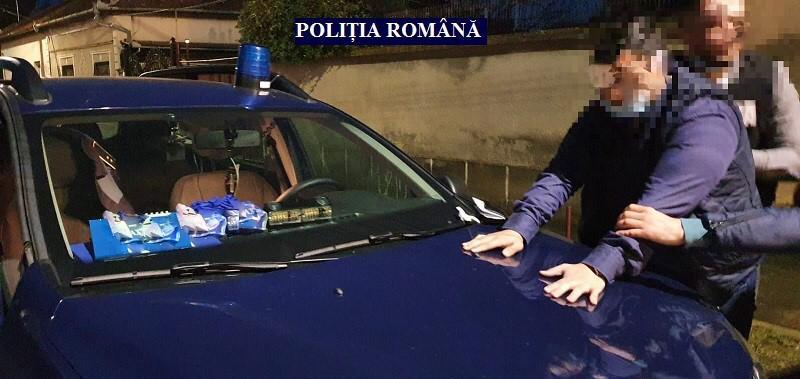 Fals polițist oprea șoferii în apropiere de vama Nădlac