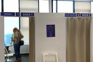 Fișa de raportare a reacțiilor adverse, accesibilă publicului în centrele de vaccinare