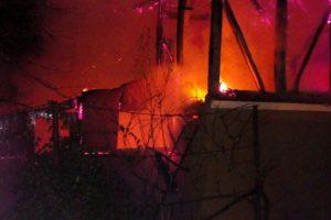 Pompierii din Timiș au fost chemați să stingă trei incendii azi-noapte