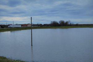 Cotele de apărare împotriva inundațiilor, depășite pe mai multe râuri din Banat