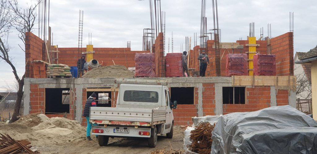 Stadiul lucrărilor la noua grădiniță din comuna Liebling/VIDEO