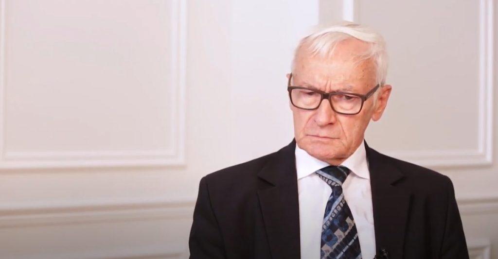 Preşedintele Asociației Foștilor Deținuți Politici și Victime ale Dictaturii din România demis din funcţia de subsecretar de stat