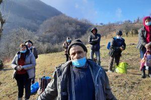 """""""Dincolo de nori"""", proiect de ajutorare a oamenilor izolați în satul Scărișoara, de pe Valea Cernei"""