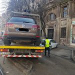 Peste 800 de sancțiuni aplicate șoferilor care au parcat neregulamentar și 139 autovehicule ridicate în februarie