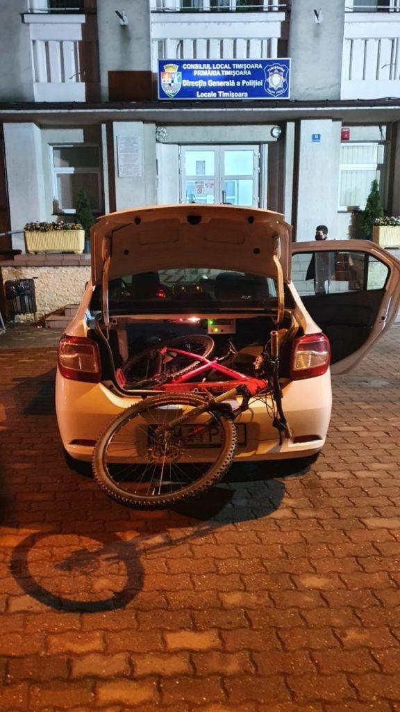 Tânăr care a sustras o bicicletă în urmă cu două zile, depistat de polițiștii locali circulând noaptea cu aceasta
