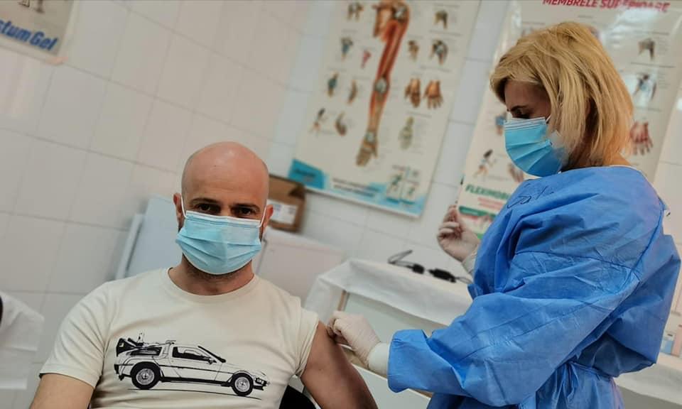 Aproape 201 mii de persoane s-au vaccinat complet în Timiș
