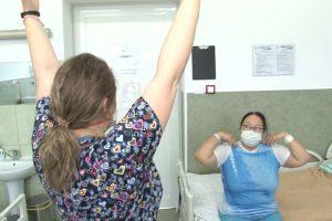 Programele de reabilitare respiratorie, obligatorii în cazul pacienților cu forme medii și severe de COVID-19