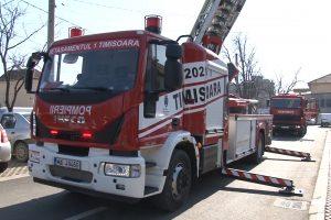 Pompierii au intervenit pentru stingerea unui incendiu la spitalul Victor Babes Timișoara