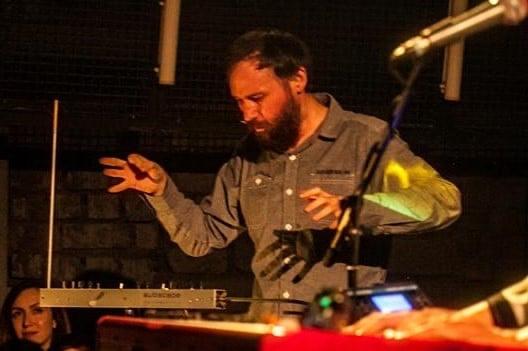 Șapte compozitori îşi propun să demonstreze că muzica contemporană nu este deloc ermetică şi inaccesibilă