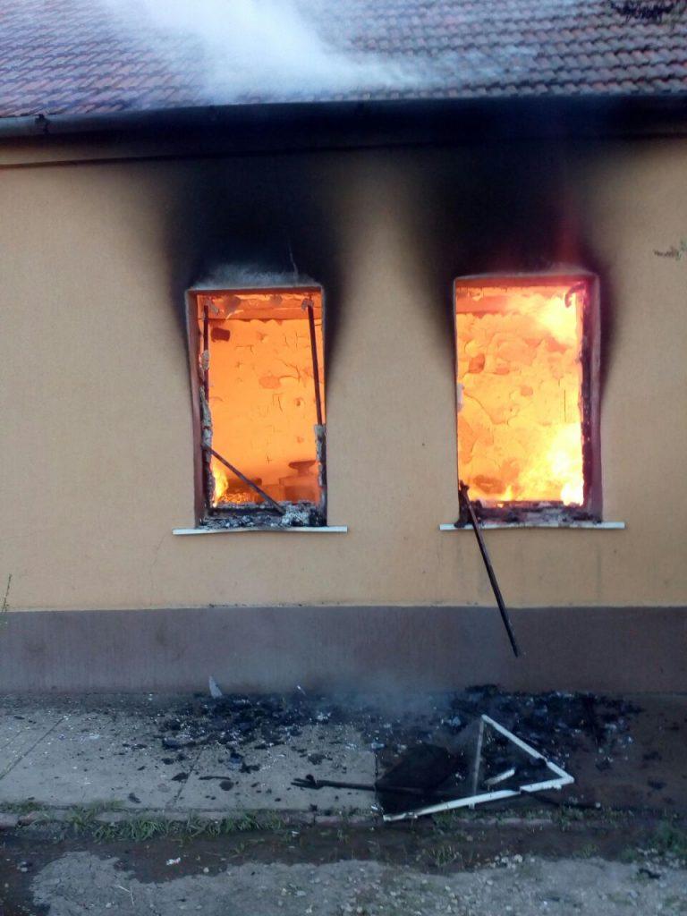 O casă a ars într-un incendiu, la Liebling