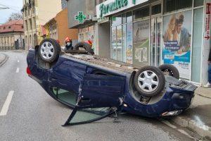 Femeie care mergea liniștită pe trotuar în zona Dorobanților, accidentată de o mașină proiectată în ea de alt șofer