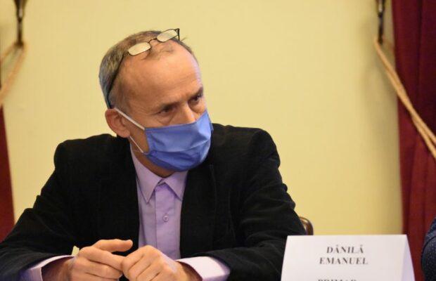 Fostul primar din Bocșa, găsit împușcat în propria pensiune