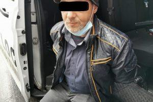 Timișean cercetat pentru două furturi din magazine, surprins de polițiștii locali din nou la furat