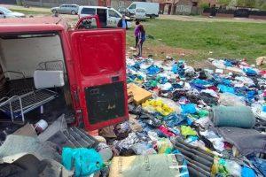 Microbuz folosit pentru abandonarea deșeurilor pe domeniul public, confiscat la Timișoara