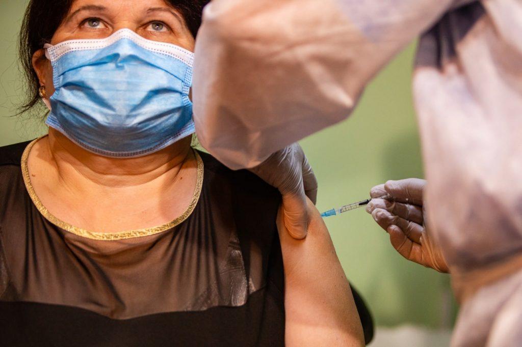 45.415 persoane vaccinate în Timiș până acum au primit și doza de rapel