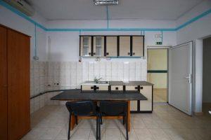 Cum arată spațiul de cazare penru migranți oferit de CJT