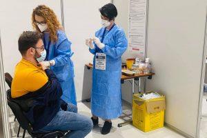Continuă imunizarea anti-covid cu cele patru seruri în Timiș