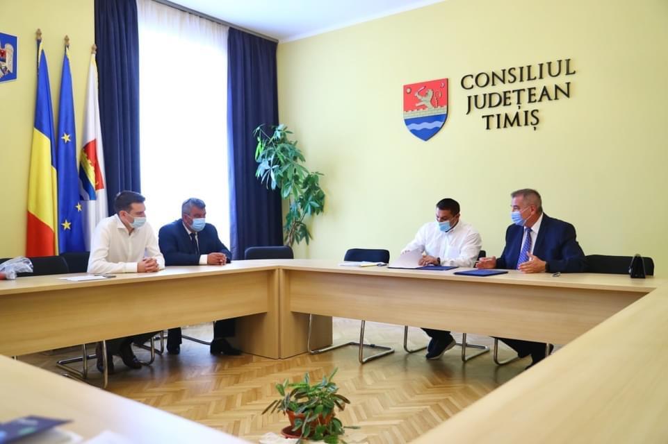 Moșnița Nouă, Moșnița Veche și Urseni vor avea 15 km noi de rețea de apă potabilă și 10 km de canalizare