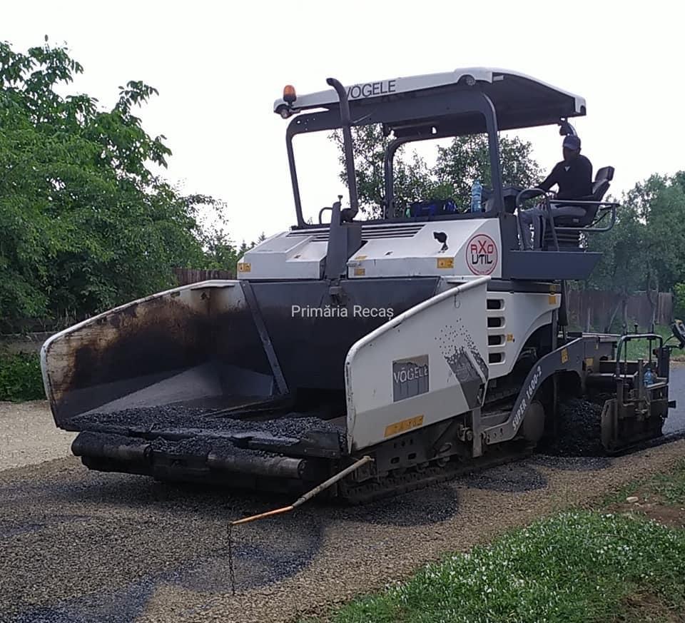 Stadiul lucrărilor de asfaltare a străzilor din Herneacova